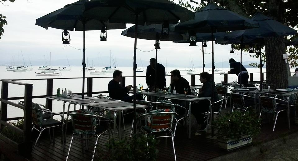 Restaurante em Santo Antônio de Lisboa