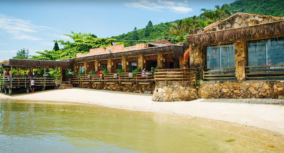 Restaurante no Ribeirão da Ilha