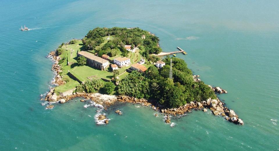 Fortaleza de Santa Cruz da Ilha de Anhatormim