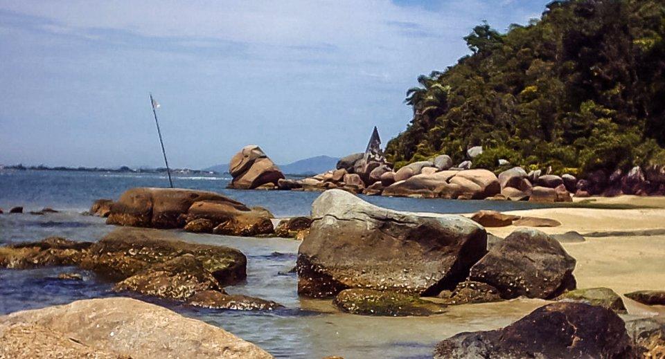 pedras altas praia de nudismo