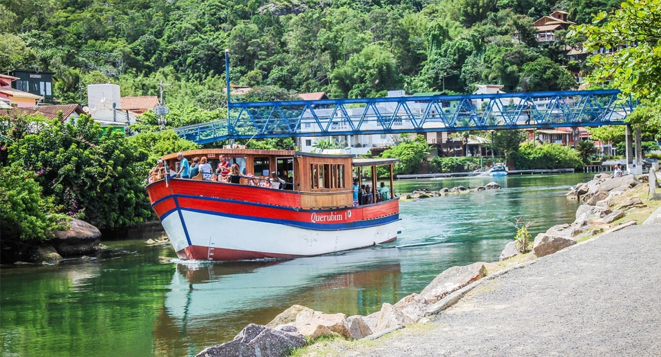 barco ilha do campeche