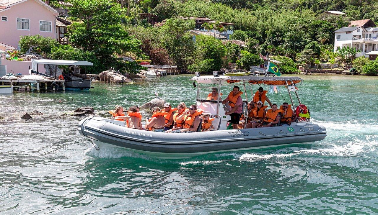 Passeio de lancha express para a Ilha do Campeche - Destino Florianópolis -  Passeios, Aventuras em Florianópolis %